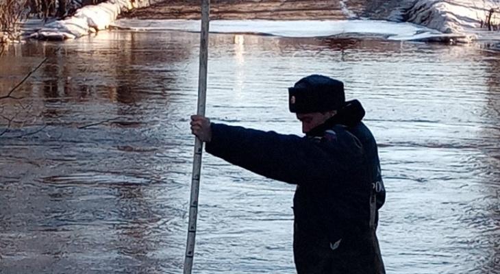 В Собинском районе под воду ушла часть моста