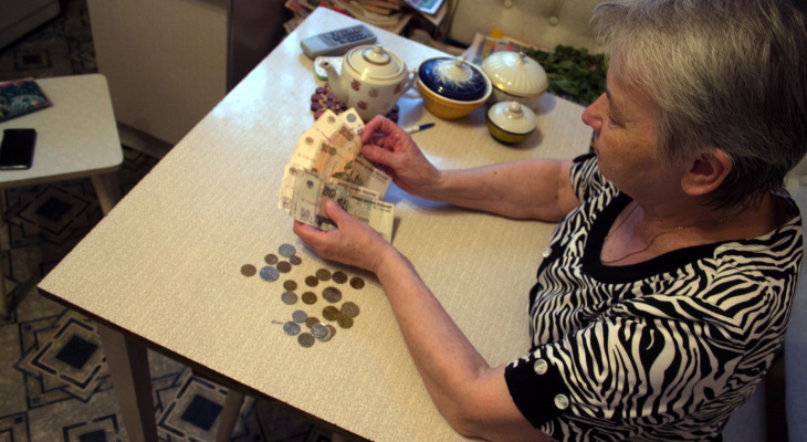 Юристы наживаются на пенсионерах, обещая им добиться повышенной пенсии