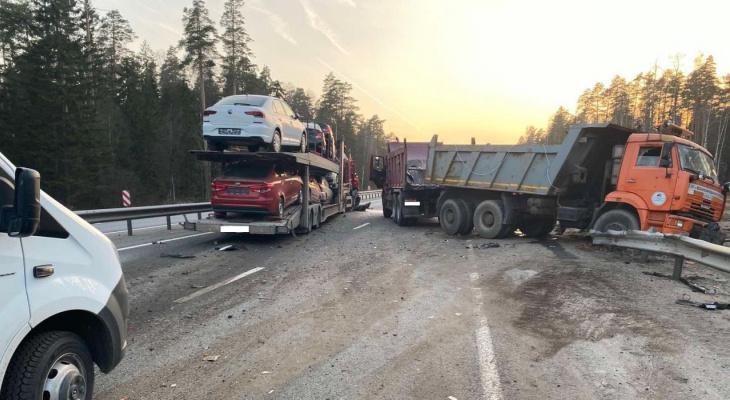 Страшная авария в Ковровском районе: столкнулись автовоз и самосвал