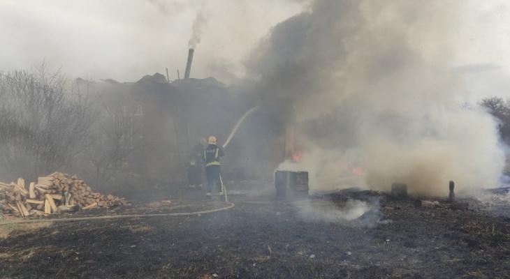 За 2 часа во Владимирской области произошли 2 пожара со смертельным исходом