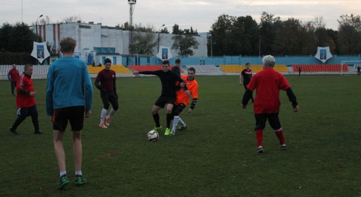 ТОП-5 футбольных площадок во Владимире, где можно поиграть бесплатно (0+)