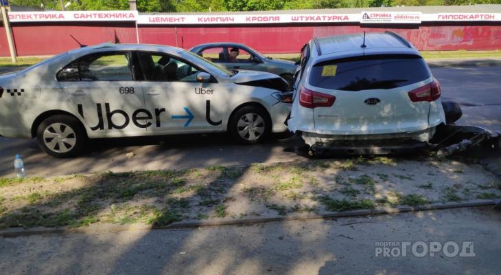 Подробности ДТП у Князь-Владимирского кладбища: как разбились сразу 4 авто?