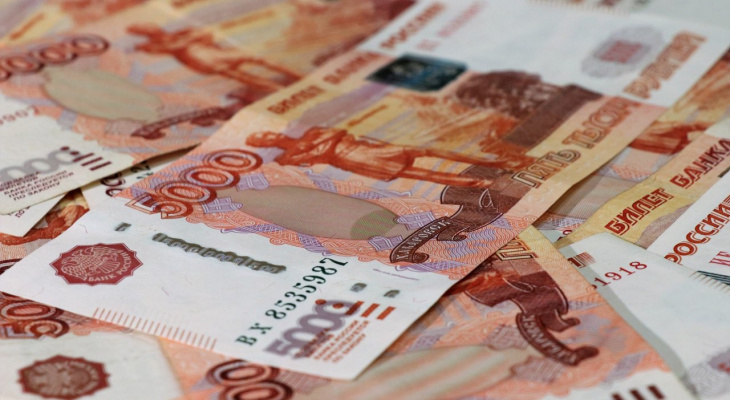 Двое мужчин пытались купить телефоны во Владимире за поддельные купюры