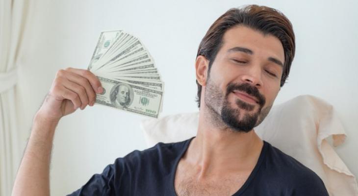 Гороскоп на 10 июня: одним звёзды сулят денежные поступления, другим - неожиданные подарки