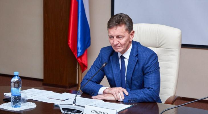 Губернатор Сипягин стал меньше интересовать пользователей соцсетей