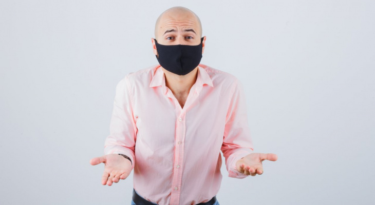 Гороховчанин ударил полицейского по лицу в ответ на просьбу надеть маску