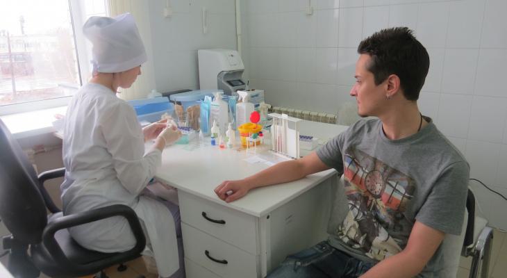 Очередь на вакцинацию от коронавируса во Владимире выросла до 4 тысяч человек