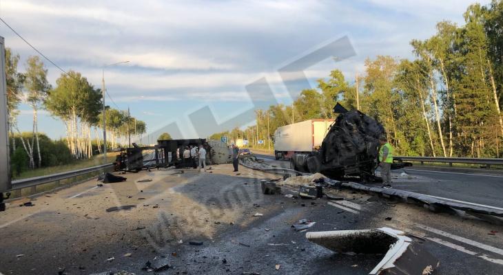 """""""Машину просто не удержал"""": в аварии под Вязниками погибли два водителя"""