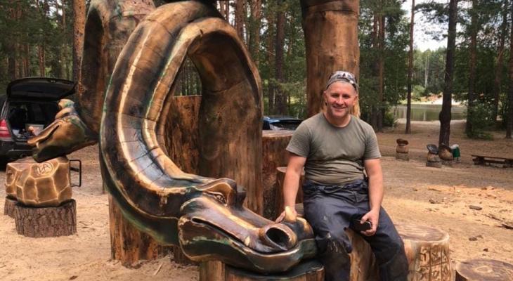 В Гусь-Хрустальном появился деревянный Змей Горыныч