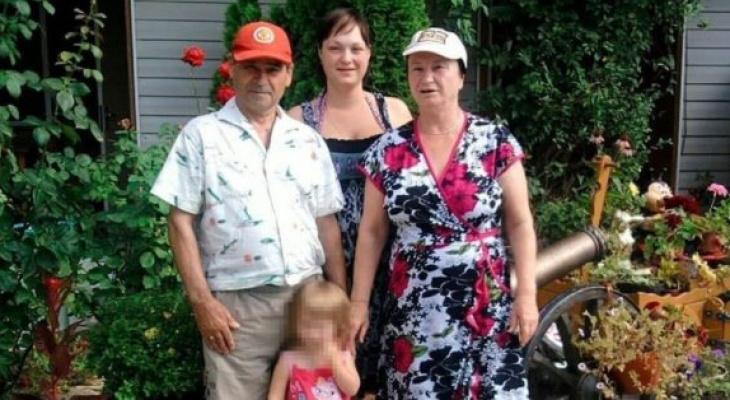 После прививки от коронавируса скончалась почти вся семья