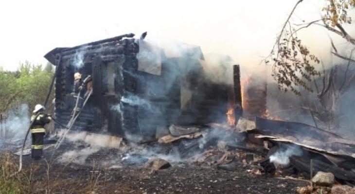 В Меленковском районе пенсионер заживо сгорел в своём доме