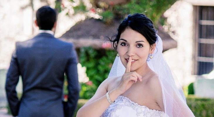 Невеста-изменщица заявила об изнасиловании, испугавшись, что жених ее бросит