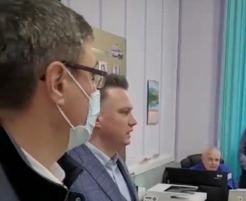 Александр Авдеев внезапно проверил три больницы Владимира